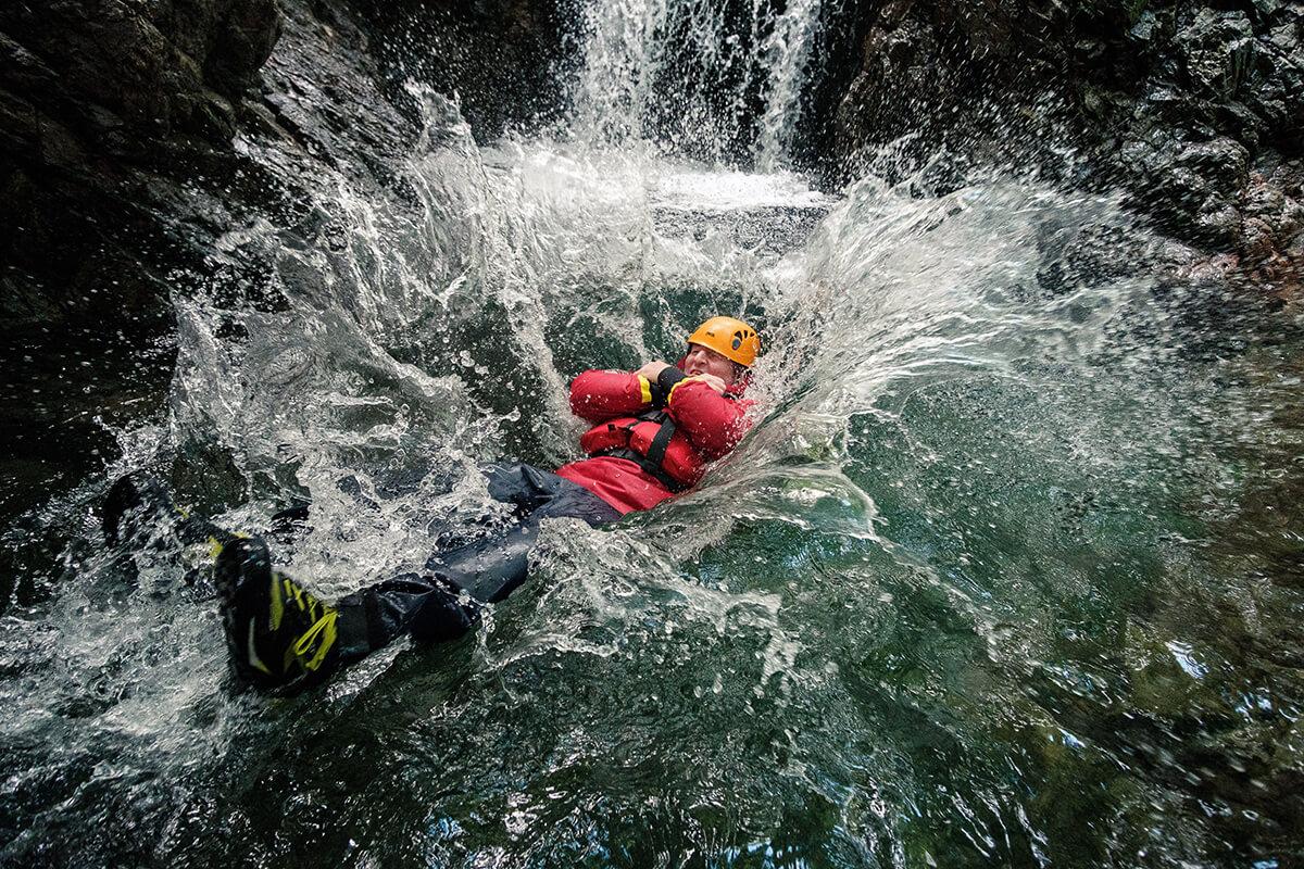 brathay outdoor activities water plunge